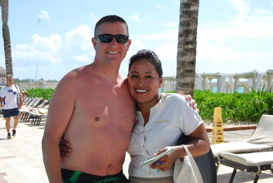 The Royal Playa del Carmen: Best pool server......awesome job Vi!!!