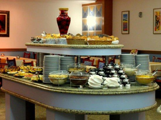 D'Sintra Hotel: Grande variedade.