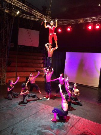 Phare, The Cambodian Circus: Great show