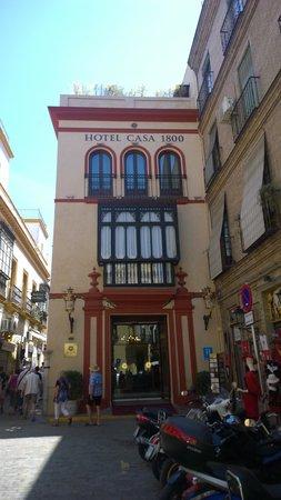Hotel Casa 1800 Sevilla : Front of Hotel