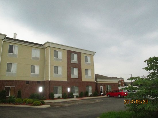 Comfort Suites Urbana Champaign, University Area: outside