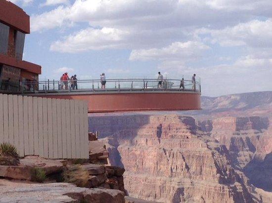 Grand Canyon Skywalk: View of Skywalk