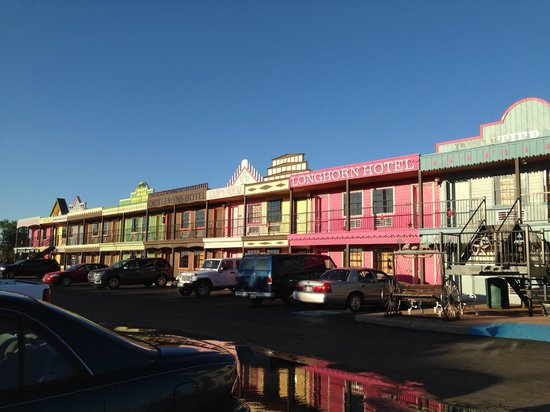 Big Texan Motel : The infamous motel front