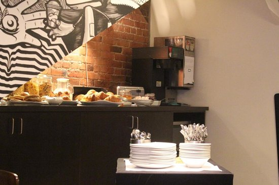 Le Petit Hotel: Desayuno