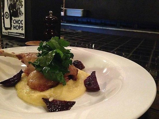 Royal George Hotel: Duck with mash