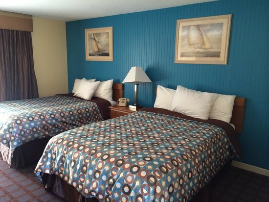 Blue Dolphin Inn : Newley renovated rooms!