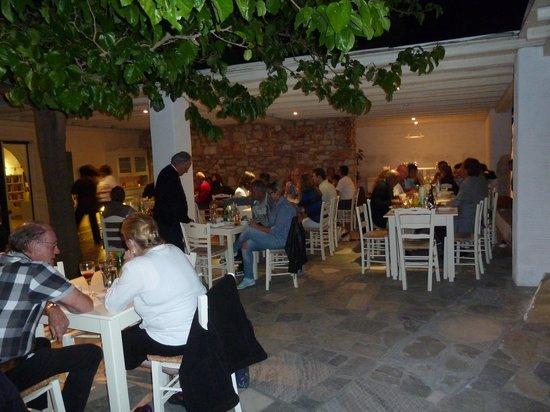 Anezina Village : Greek night at Anezina