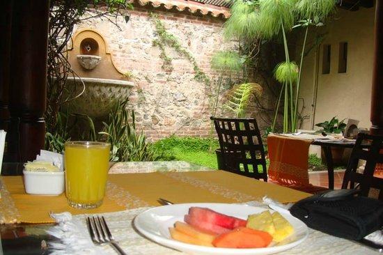Hotel Lo De Bernal: El comedor y desayuno
