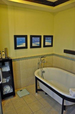 Bucuti & Tara Beach Resort Aruba : Bath, Penthouse Suite, Bucuti & Tara Beach Resorts Aruba