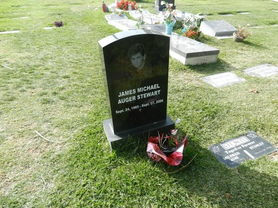"""Hollywood Forever Cemetery: James Michael Auger Stewart """"Jimmy Hollywood""""?"""