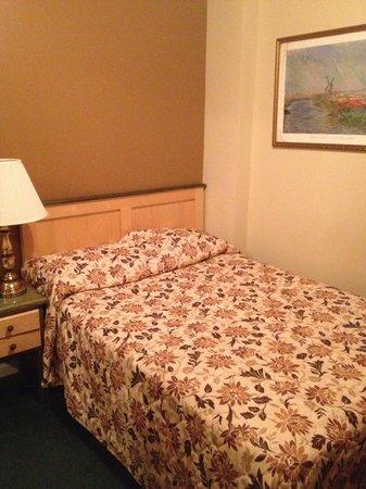 Park Savoy: Room 412