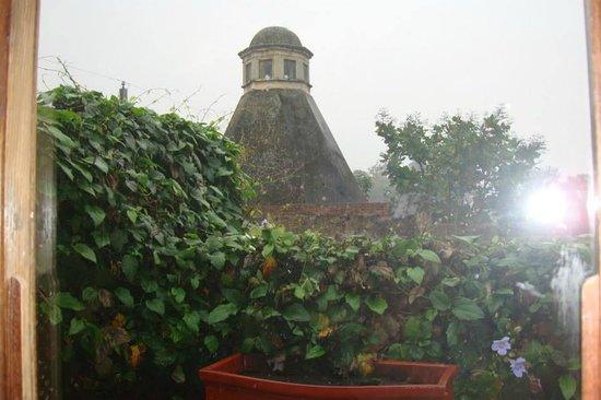 Antigua City Tour : Vista de algunos techos de la ciudad, Desde el hotel