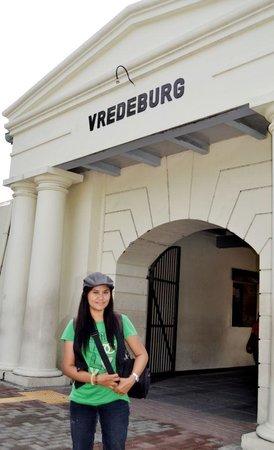 Yogyakarta Fortress Museum : saya numpang eksis dulu yaaa