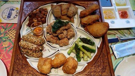 Miyahara: A set with 7 dishes