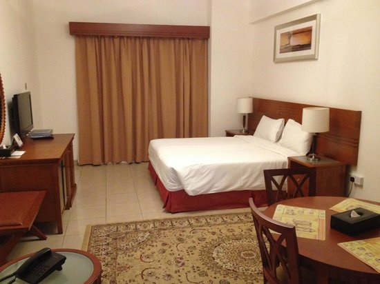 Rose Garden Hotel Apartments - Bur Dubai: Bedroom