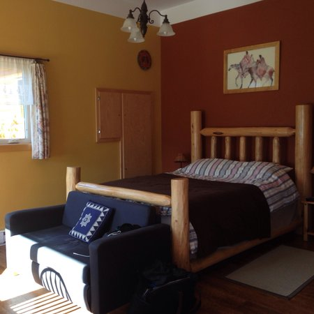 Brouse Creek B&B: Immaculately clean and comfortable room