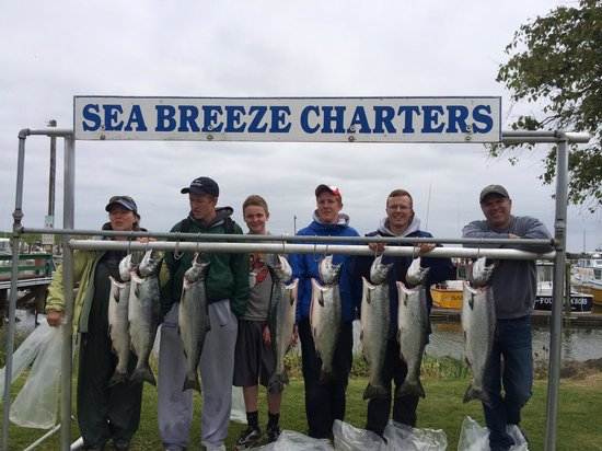 Port of Ilwaco Boardwalk: Fishing charter