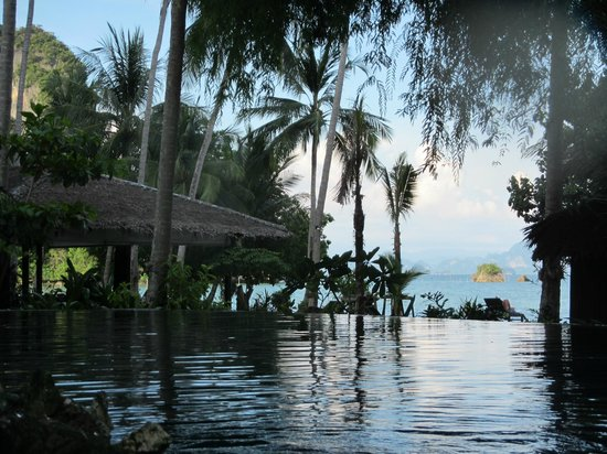 Paradise KohYao : View from the pool