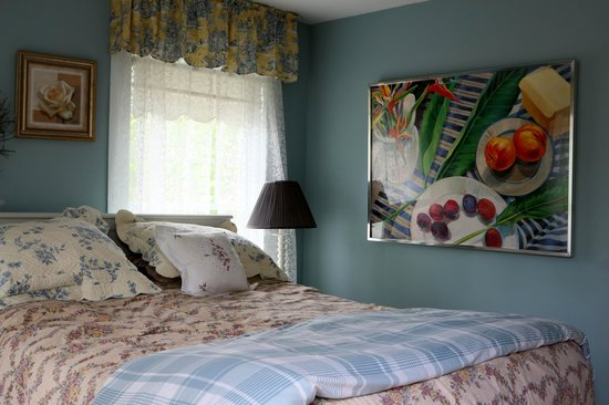 Schoolmaster's House Bed and Breakfast: Comfy bed and period ambiance