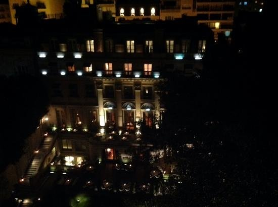 Palacio Duhau - Park Hyatt Buenos Aires: from our room 12th floor at night looking into courtyard