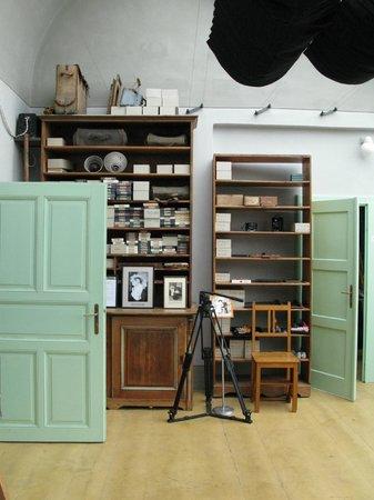 Museum Fotoatelier Seidel: shelving in the studio.