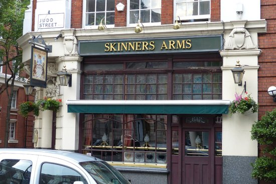 Skinners Arms Pub near Kings Cross Station