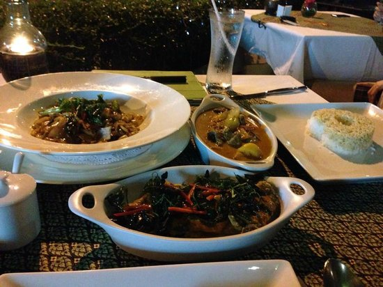 Baan Yin Dee Boutique Resort: Delicious Thai food at hotel restaurant