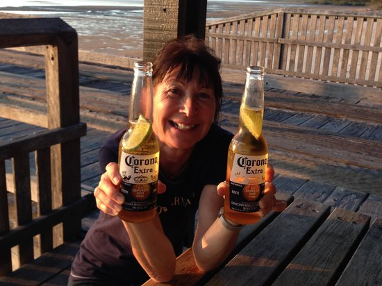 Kingfisher Bay Resort: AU$19 for two Coronas!!!
