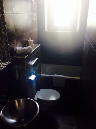 La Villa Cap d'Antibes: Bathroom 107