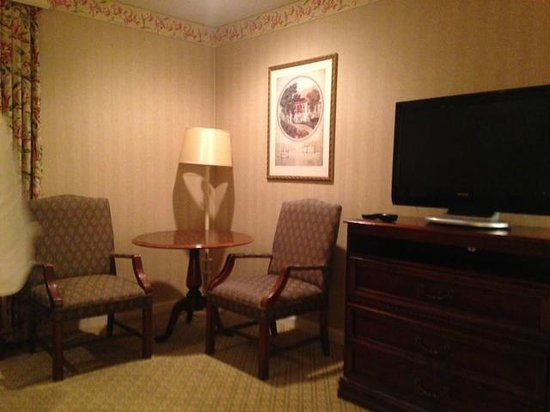 Hilton St. Louis Frontenac: Sitting or Dining area