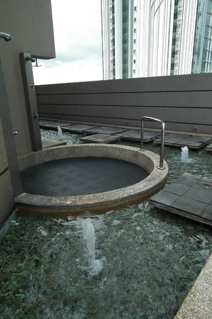 M Hotel Singapore: More of the pool area.