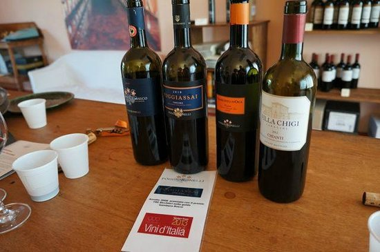 Poggio Bonelli Winetasting and Shop