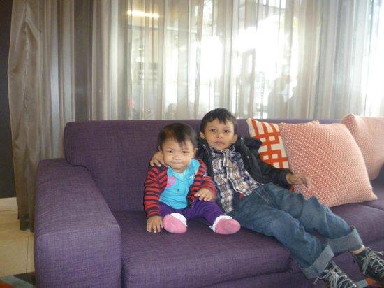 Adina Apartment Hotel Melbourne on Flinders: Hotel Lobby