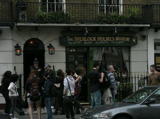 Sherlock Holmes Museum: Музей Шерлока Холмса