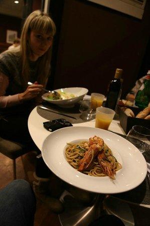 Novotel Genova City : pasta with seafood