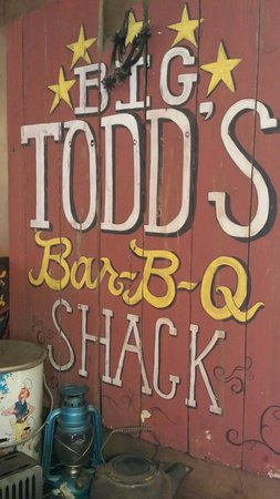 Alice's Cookhouse: Todd's bbq