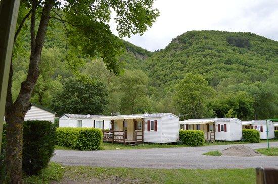 Camping Les Eaux Chaudes: Vue sur le camping