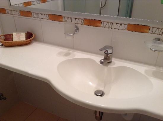 Eurohotel: this is bathroom