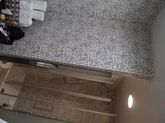 Apartments Ramblas 108: Bathroom