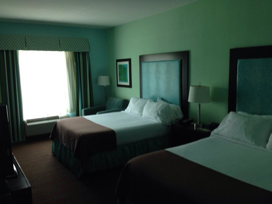 Holiday Inn Hotel & Suites - Ocala Conference Center: Room