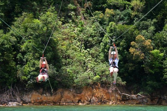 Coral Flyer: My close friend and i screaming our way from one island to the other!
