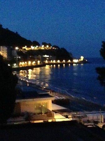 Diana Grand Hotel: Notte stimolante