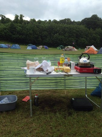 Whitlingham Broad Campsite: Happy camping