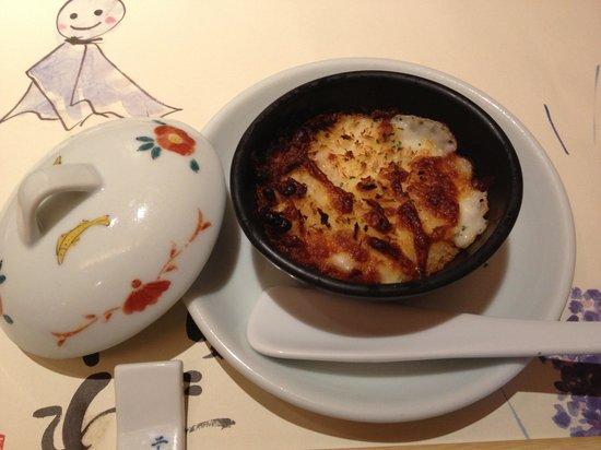 Umenohana: 梅の花膳「湯葉グラタン」湯葉のグラタンて珍しいですよね!しかも梅の花では、お好みでポン酢を掛けていただけます!!私はそれ以来グラタンにはポン酢を掛けるようになりました♪