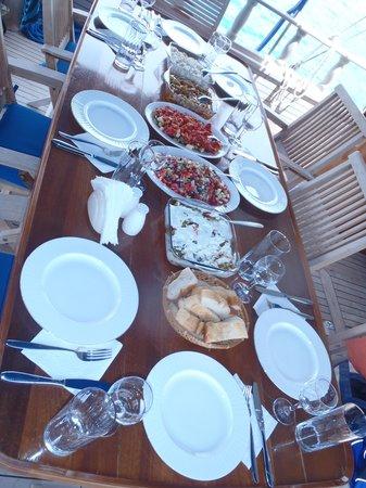 Kalekoy Harbour : Lunch on board the Kekova II