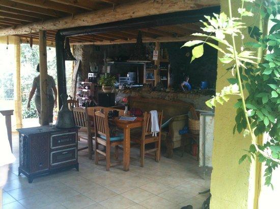 Sibel's Four Seasons Cafe & Restaurant: Blick in die Küche