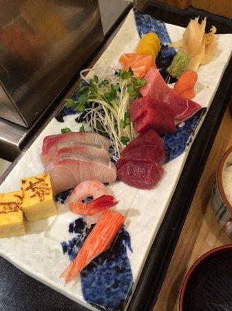 Japanese Restaurant KENJO: Lunch sashimi set