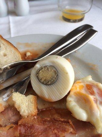 Hotel Brisa: Breakfast eggs disgusting