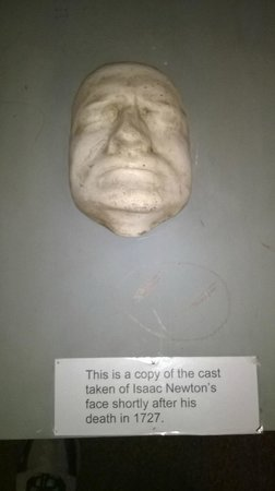 Grantham Museum: Copy of Isaac Newton's face