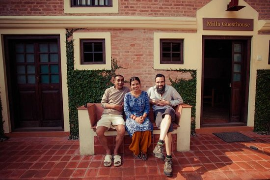 Milla Guesthouse Bhaktapur: with Sanu and Laxman